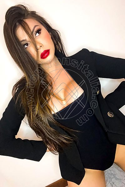 Thais Ferraz PONTE CHIASSO 3888342055