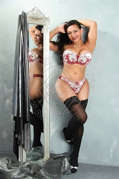 Sthefanny rouge GIESSEN 004915171308201