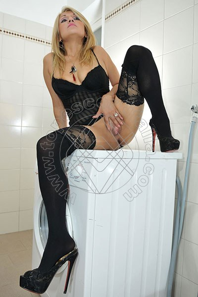 Foto hot di Barbie Blond escort Conegliano