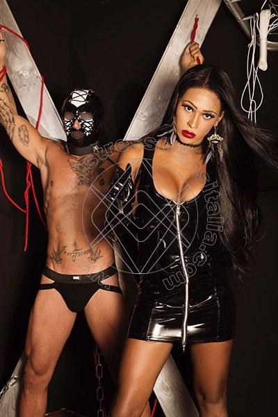 Foto hot di Padrona Soraya mistress transex Milano